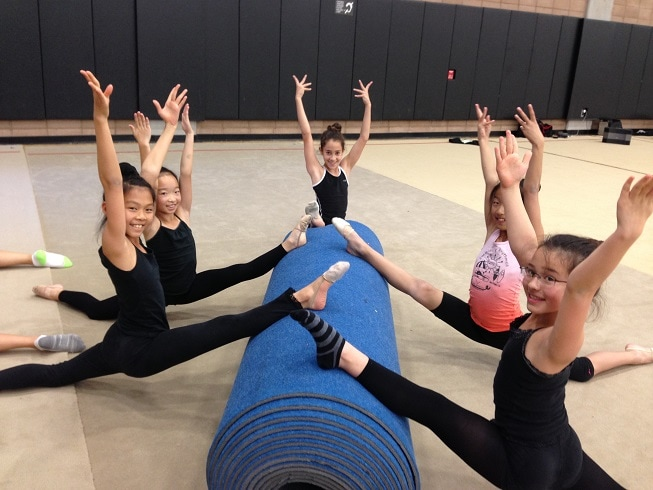 stretching group blue toll 1